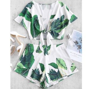 Leaf Print Knotted Two Piece Shorts Set